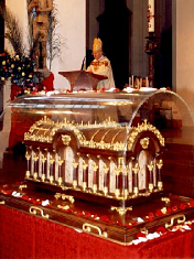 Reliquienschrein der Therese von Lisieux 2007