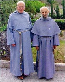Die beiden Gründer der Franziskaner der Immakulata